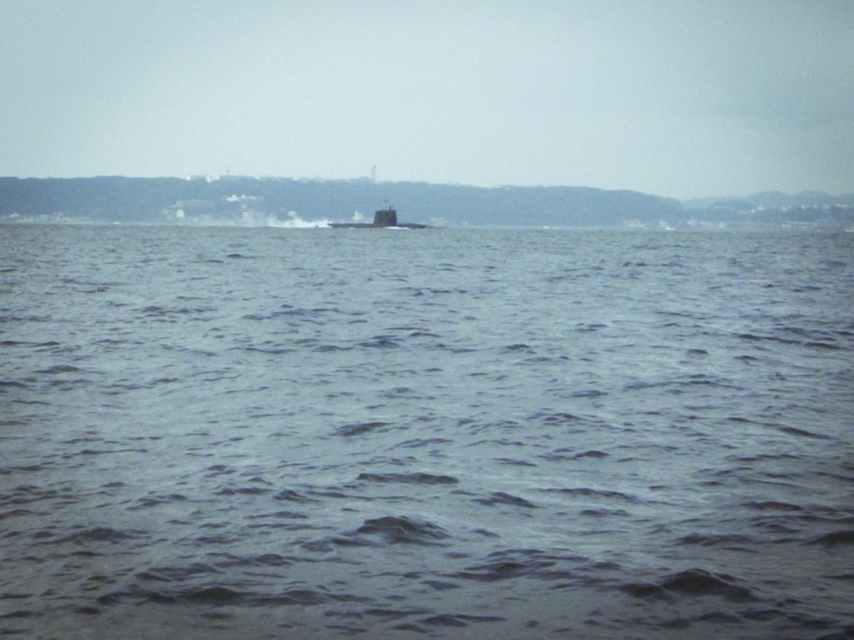 東京湾タチウオジギング 潜水艦